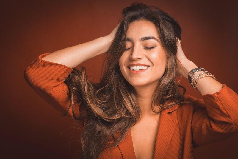 Cómo conseguir la sonrisa perfecta: los 3 secretos de los famosos
