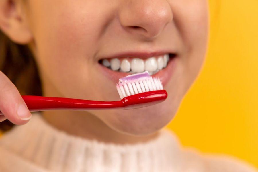 Higiene dental cepillo dientes clínica pardellas
